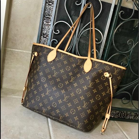 a2dae67082251 Louis Vuitton Handbags - Authentic Louis Vuitton Monogram Neverfull MM
